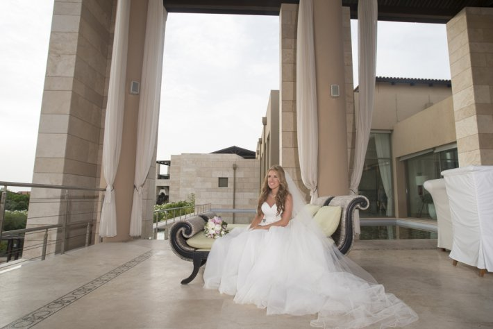 Bridal portrait photo in costa navarino wedding