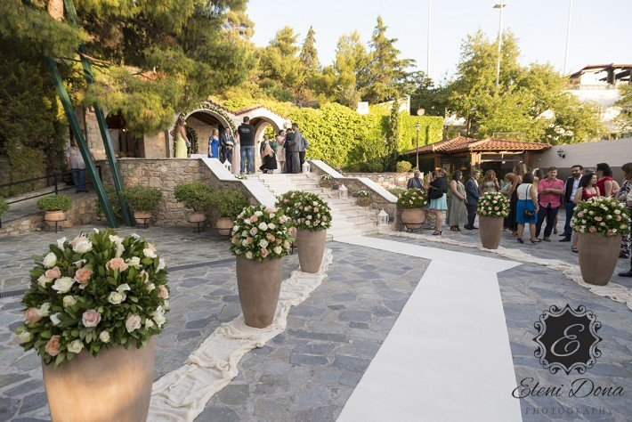 Flower decoration wedding in Greece
