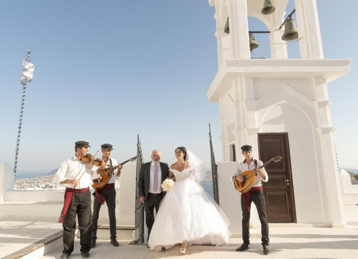 Religious wedding in santorini Anastasi church