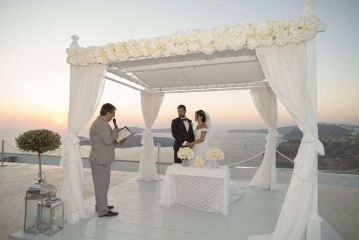 Santorini GEM gazebo wedding for Lebanese couple